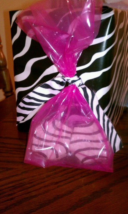 The perfect favor for a zebra theme party! Little Debbie ...