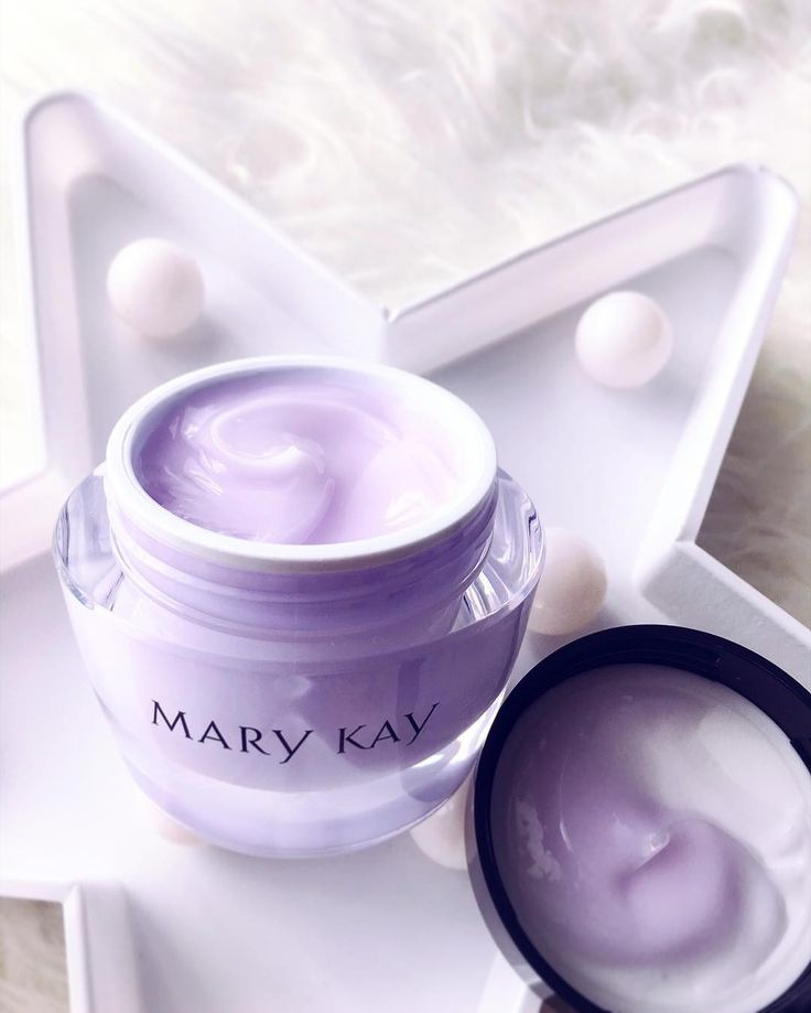 "267 Likes, 3 Comments - Mary Kay Malaysia & Singapore (@marykaymysg) on Instagram: ""Mary Kay Oil-Free Hydrating Gel is a nongreasy, lightweight gel that absorbs quickly, leaving skin…"""