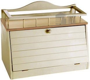 Great Ideas Wooden Bread Bin / Wood Bread Box With Front Opening Door And Top Shelf: Amazon.co.uk: Kitchen & Home - this is my perfect bread storage !!!