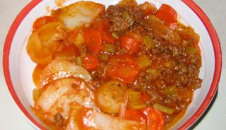 Pâté chalet - J'ajoute un peu bouillon de boeuf dans chaque can de soupe aux tomates.  Important de bien égoutter la viande hachée