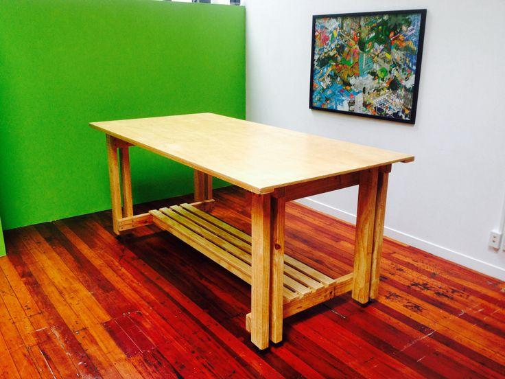 Office Leaner/Desk.