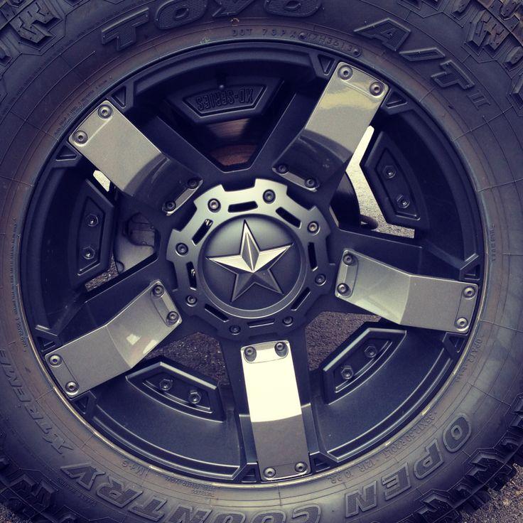 "2001 Chevrolet Silverado Z71 (PERSONAL) 6"" RCX Lift NTD 20"" ROCKSTAR 2s w/ Paint To Match Inserts 35x12.50R20 TOYO AT2"