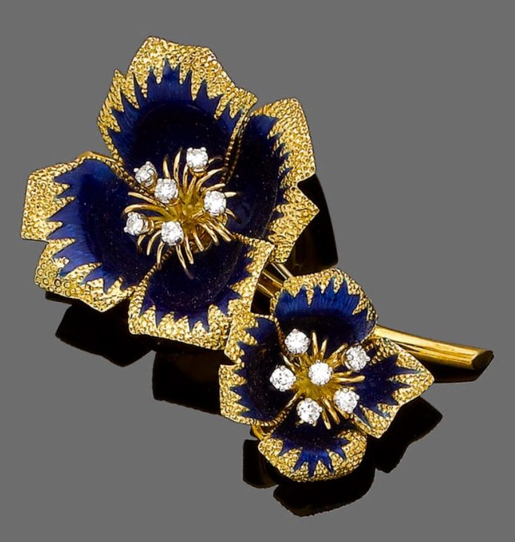 paris product brooch cartierbio vintage gold gallery butterfly cartier primavera artist cartierparis diamond