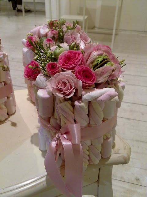 Centrotavola rose e marshmallows