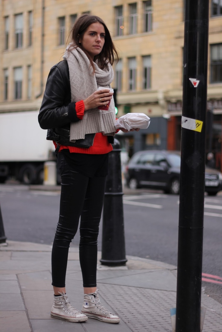 chuck taylor in London town. (London Fashion by Paul)