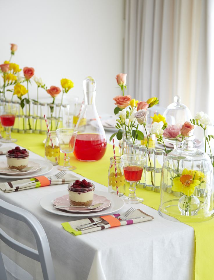 NEON FLORAL TABLE DISPLAY Styling Amber Armitage, photograpahy Manja Wachsmuth. Shot for Homestyle magazine, issue 50.
