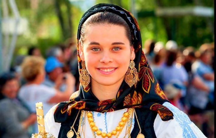 A mais recente homenagem às mulheres minhotas | Minho em Festa  Minho, Portugal www.portulogia.com #portulogia #gourmet