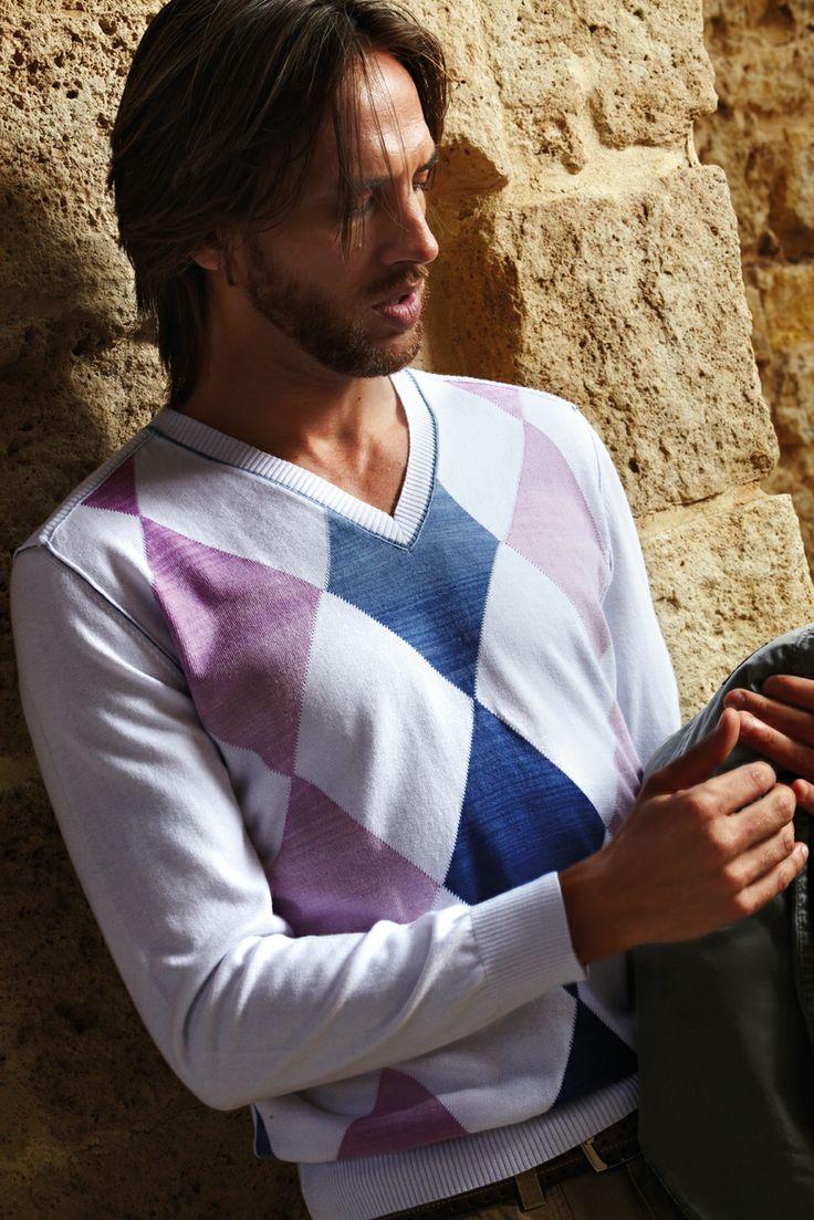 Imbracaminte barbati - brand Rodrigo.
