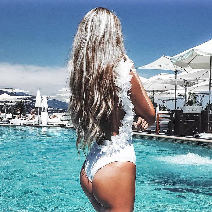White hot summer, white hot hair.