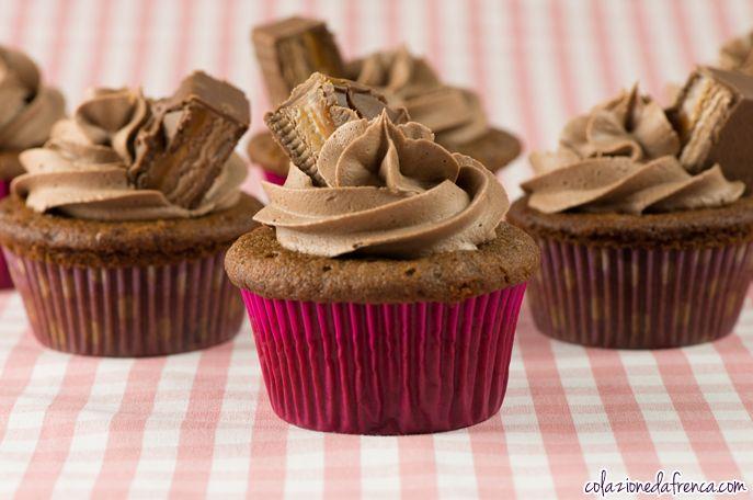 """Mars Cupcakes - Nome d'arte: """"Botta di vita"""" Ritrova la ricetta qui: http://www.colazionedafrenca.com/ricette/cupcakes-cioccolato-mars/"""
