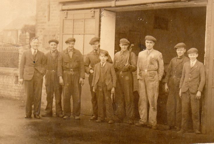 A G Potters men, 1939. Outside the garage at the far end of Station Road. From left, Ron Allen (director), Joe Smith, Harry (Glory) Carr(foreman), Cyril Moore, Bob Smith, Freddy Mays, Sidney Moore, Felix Emerson and Charles Mutimer.