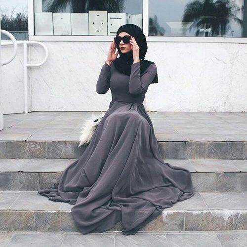 long gray hijab dress- Trendy hijab outfits http://www.justtrendygirls.com/trendy-hijab-outfits/