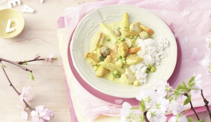 MAGGI Rezeptidee fuer Hähnchen-Spargel-Pfanne mit Curry