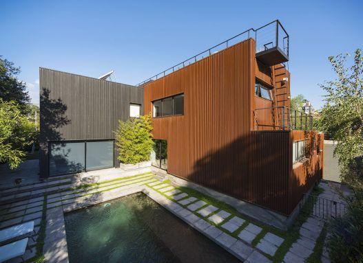 "Casa Velasco Arquitectos: ""Mathias Klotz"" Producto: Fachadas | Quadrolines 30x15, Cortinas y Persianas | Persiana Exterior 80mm"