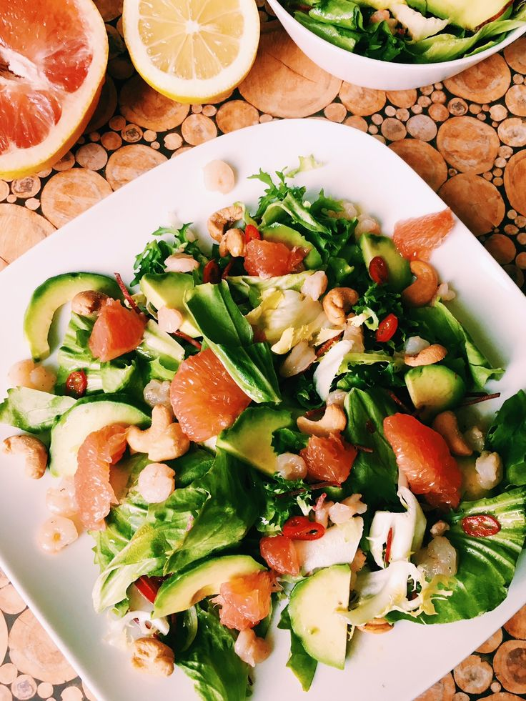 Healthy shrimp salad with avocado and grapefruit