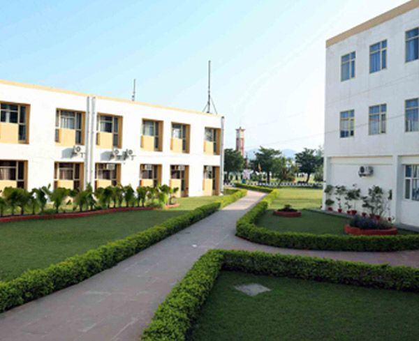 IGEF the best architecture college in Chandigarh, India. Indo global through its various popular programs prepare building surveyor, town planner, entrepreneur, structural engineer etc. http://blog.educationext.com/how-to-find-best-architecture-colleges-in-india-for-a-bright-career/