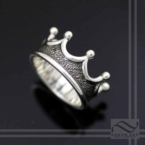 Corona para hombre del anillo elija su metal por mooredesign13