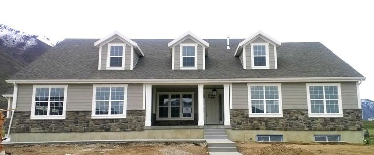 Sherwin Williams 7642 Pavestone And Sw 7008 Alabaster On Trim Exterior House Paint Pinterest