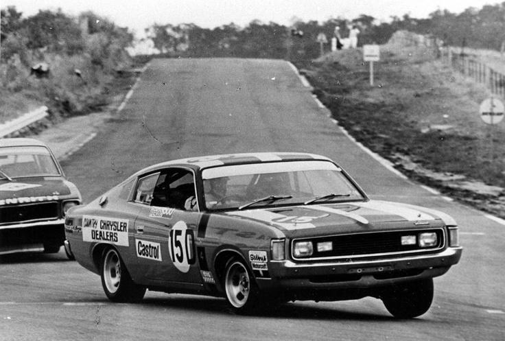 Valiant Charger at Bathurst 1000K 1971