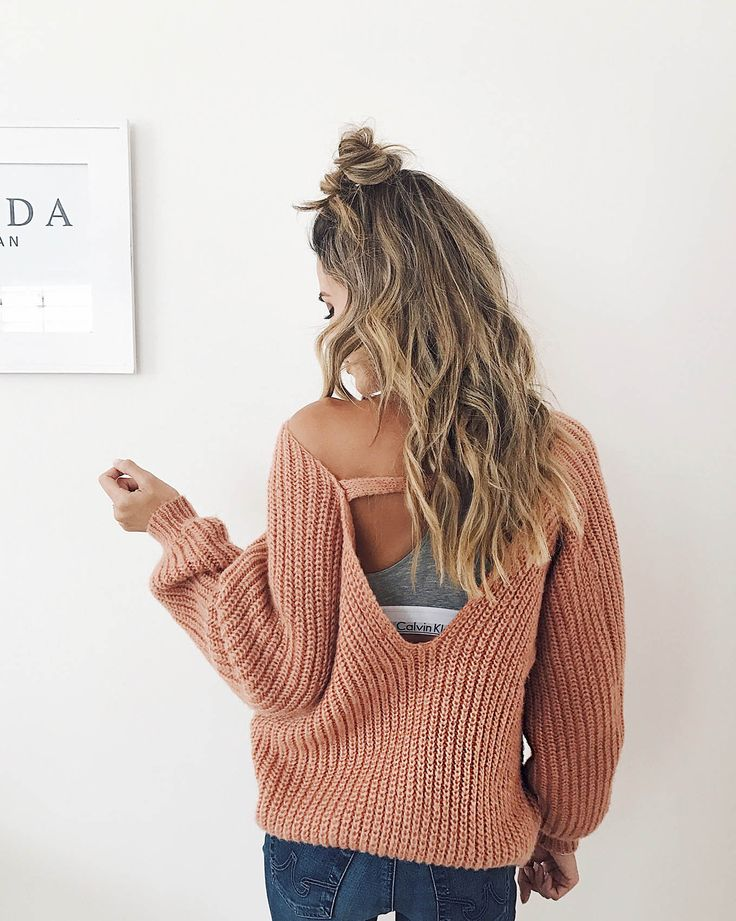 Top knot + loose curls.