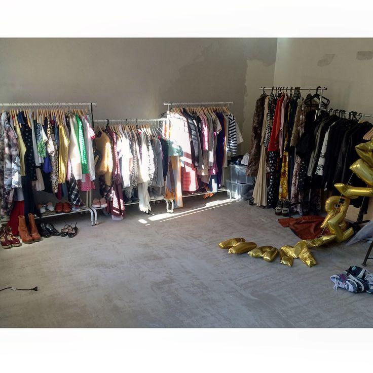 Renovation walk in closet. Fashion mess. Helene Hammer