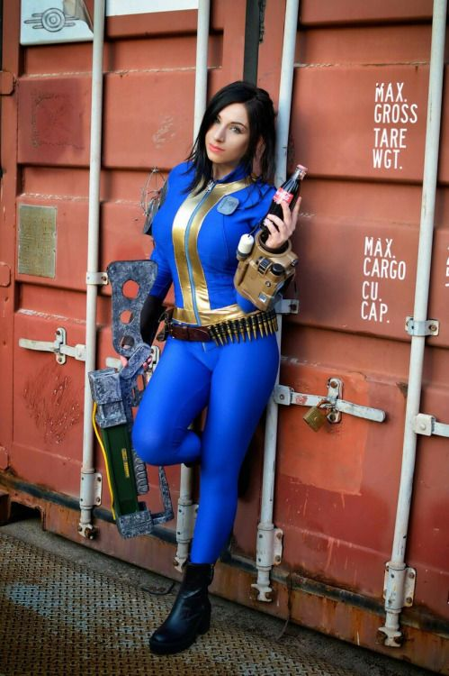 Sexy Fallout Cosplay