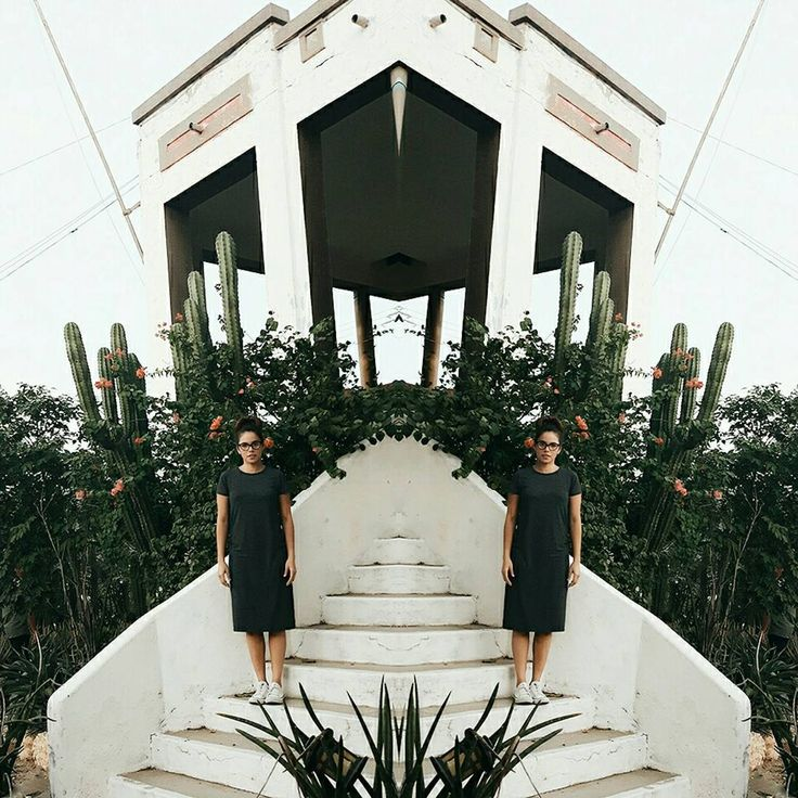 🌵  .  .  #mimiroperoblog #looks #outfit #ootd #streetstyle #cactus #fashionpost #fashionblog #mimiropero #shorthair #santamarta #colombia #like4like #likesforlikes #followme #dress #longdress #maxidress #youtubeargentina #flowers  #youtubecolombia #instagood