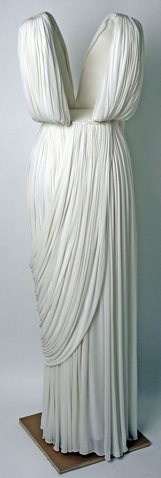 Evening dress Madame Grès (Alix Barton)  (French, Paris 1903–1993 Var region)   Date: ca. 1965 Culture: French Medium: silk. Back