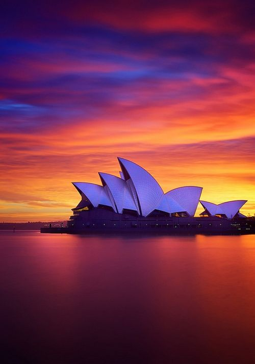 I know, I know....but it is such a beautiful structure. It takes ones breathe away. Sydney Opera House, Australia