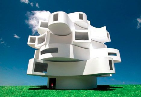 Breeze-Shaped Building: Wind Rotates Floors, Makes Power