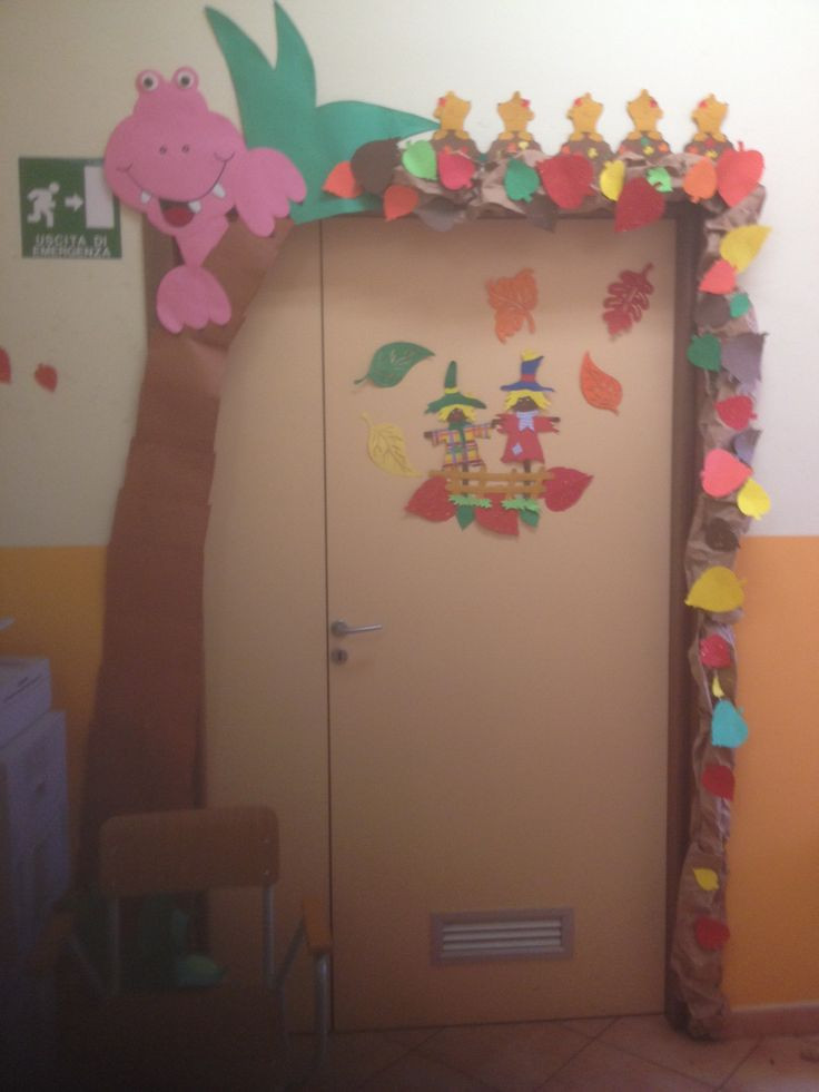 My classroom Door in autumn . By Giusy Cer