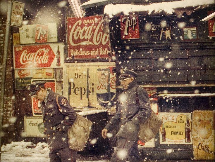 Saul Leiter // New York StyleNew York Cities, Vintage New York, Art Photography, Snow Globes, Cocacola, American Dreams, 1950, Newyork, Saul Manager