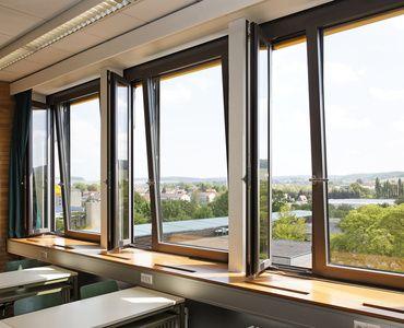 Janisol 2 EI30 | Schüco - Fenster, Türen und Fassaden