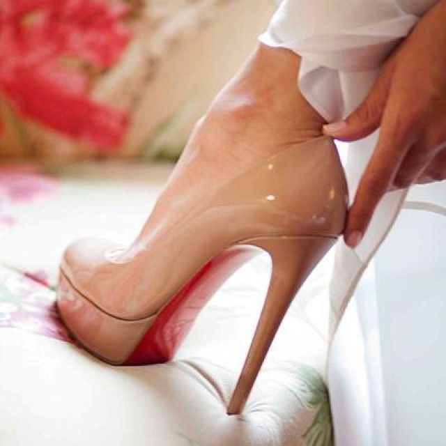 #highheels #heels #shoes #fashion #shoeswag #fashionblog #fashionblogger #zapatos #tacones #talons #absatze #women #womensfashion #womanfashion #style #stylish #designer #design #moda #fashionista #stiletto