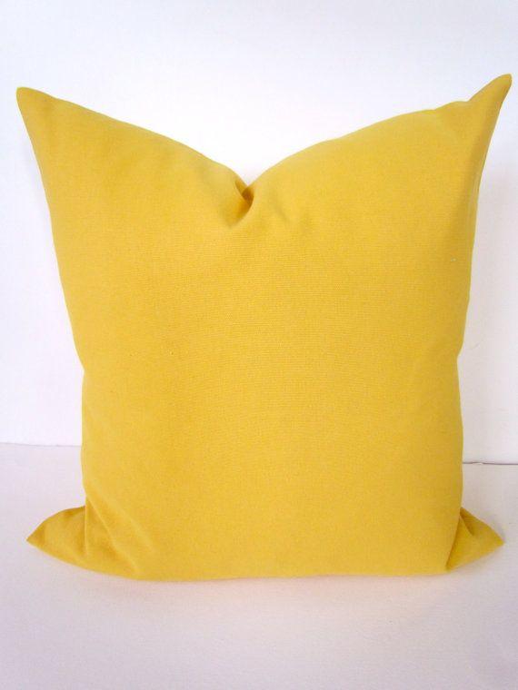 kleines 10 tolle tipps bei mix und match von kissen kalt bild der abddabe yellow throw pillows yellow throws