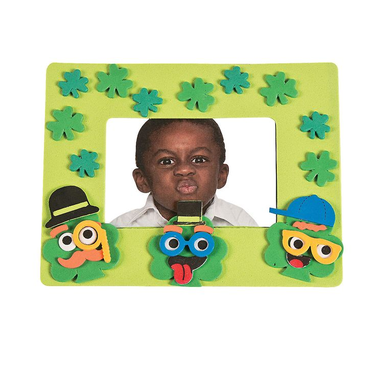 Silly+Face+Shamrock+Picture+Frame+Magnet+Craft+Kit+-+OrientalTrading.com