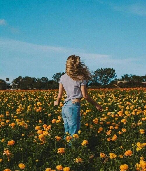 flowers, girl, and grunge image                                                                                                                                                                                 More