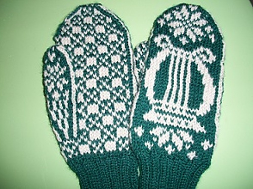 Santa please bring me these for Christmas ... ((Ravelry: Irish Harp pattern by Snowy Woods Knits))