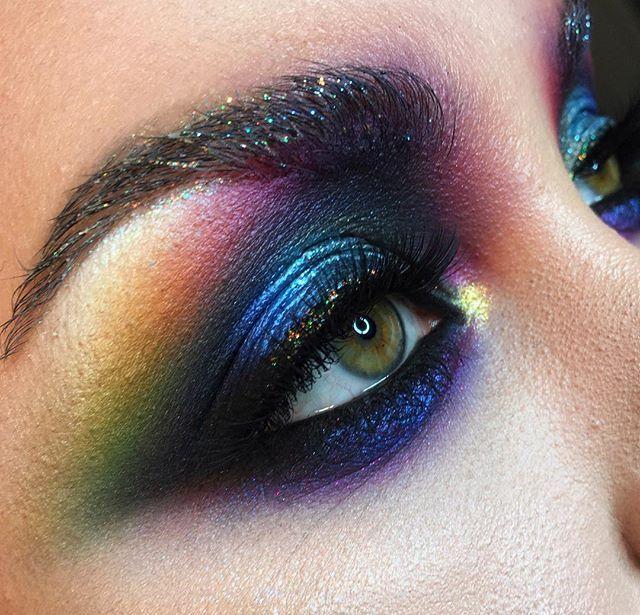 WEBSTA @ apropomakeup - Colorful mood with my magical @adrenpredescu Бывает , что модель не хочется отпускать , хочется рисовать на ней бесконечно)) все цвета радуги на Адриане . Макияж именно тех цветов и интенсивности, как на фото #nophotoshop #nofilter #noedit •••#makeupartist #makeup  #strobing #визаж #визажист #школавизажа #цветноймакияж #макияжглаз #макияж #школамакияжа #смоуки  #beauty #style #bridalmakeup #smokey #smokeyeyes #colormakeup #beautymakeup  #hudabeauty #toofaced  #f...