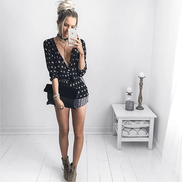 Playsuit work by bloggerin Kirsty Fleming. Gorgeous bun