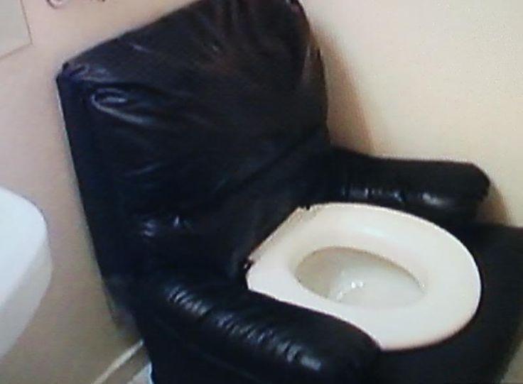 10ac4bc35df971a7279404af9970cd00--z-boys-toilets.jpg
