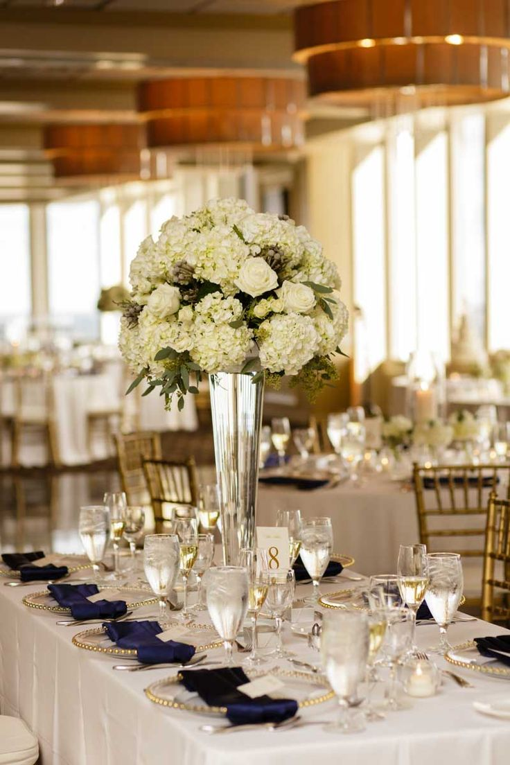 White Table Centerpieces By Dream Designs Florist Navy And Gold Citrus Club Wedding Downtown