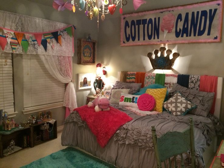 Cotton candy tween designer room old treasures made into for Candy bedroom ideas