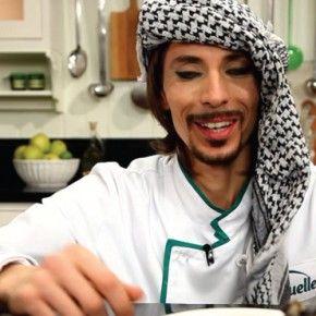 Смотрите, как легко готовить вкусные сирийские блюда – это очень просто! Пошаговые инструкции и видео рецепты приготовления вкусных блюд из Сирии.