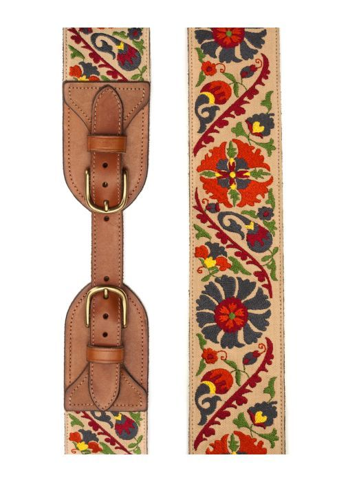 Embroidered belt. So pretty.
