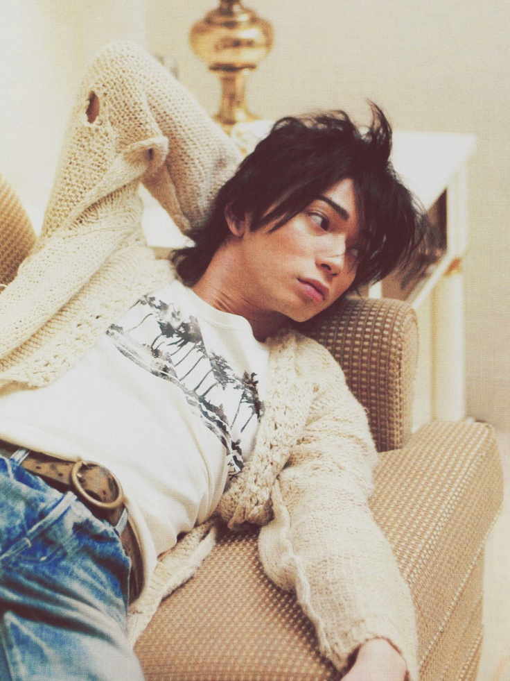 My Japanese Bias ♥ Matsumoto Jun ♥ J-Pop group Arashi ♥ 2013 Lucky Seven ♥ 2003 Kimi Wa Petto (You're My Pet)