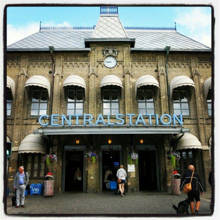Göteborg, Centralstationen Many Emigrants left Sweden for America from this Sweden