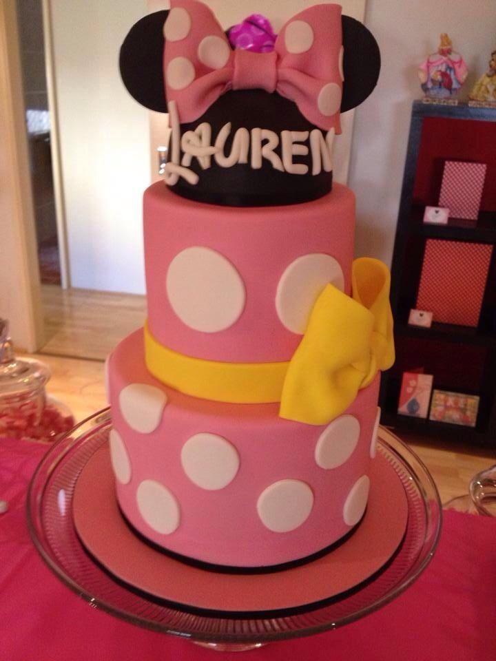 pink and purple princess cakes