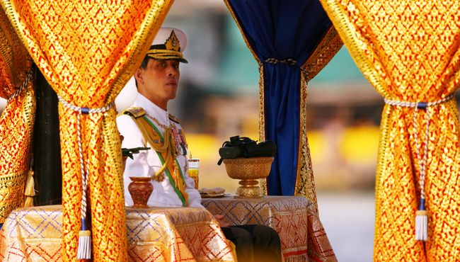 Takhta untuk Pangeran Bengal - Detikcom
