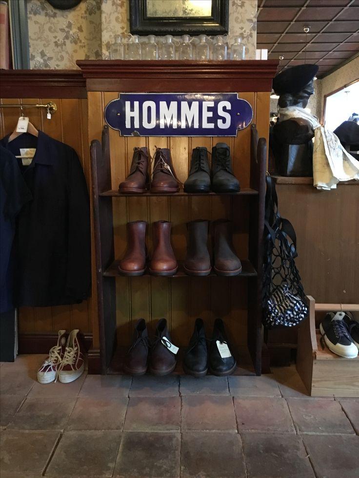 Sko og støvler fra La Botte Garidiane. Randsyet og super læder og sål kvalitet. Fodtøj der holder #labottegardiane #fodtøj #arbejdssko #tingderholder